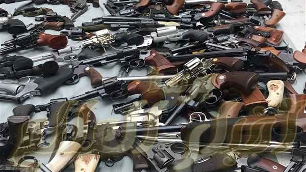 ضبط وشة لتصنيع الاسحلة النارية والعثور على كمية اسلحة بها فى المنشاه سوهاج