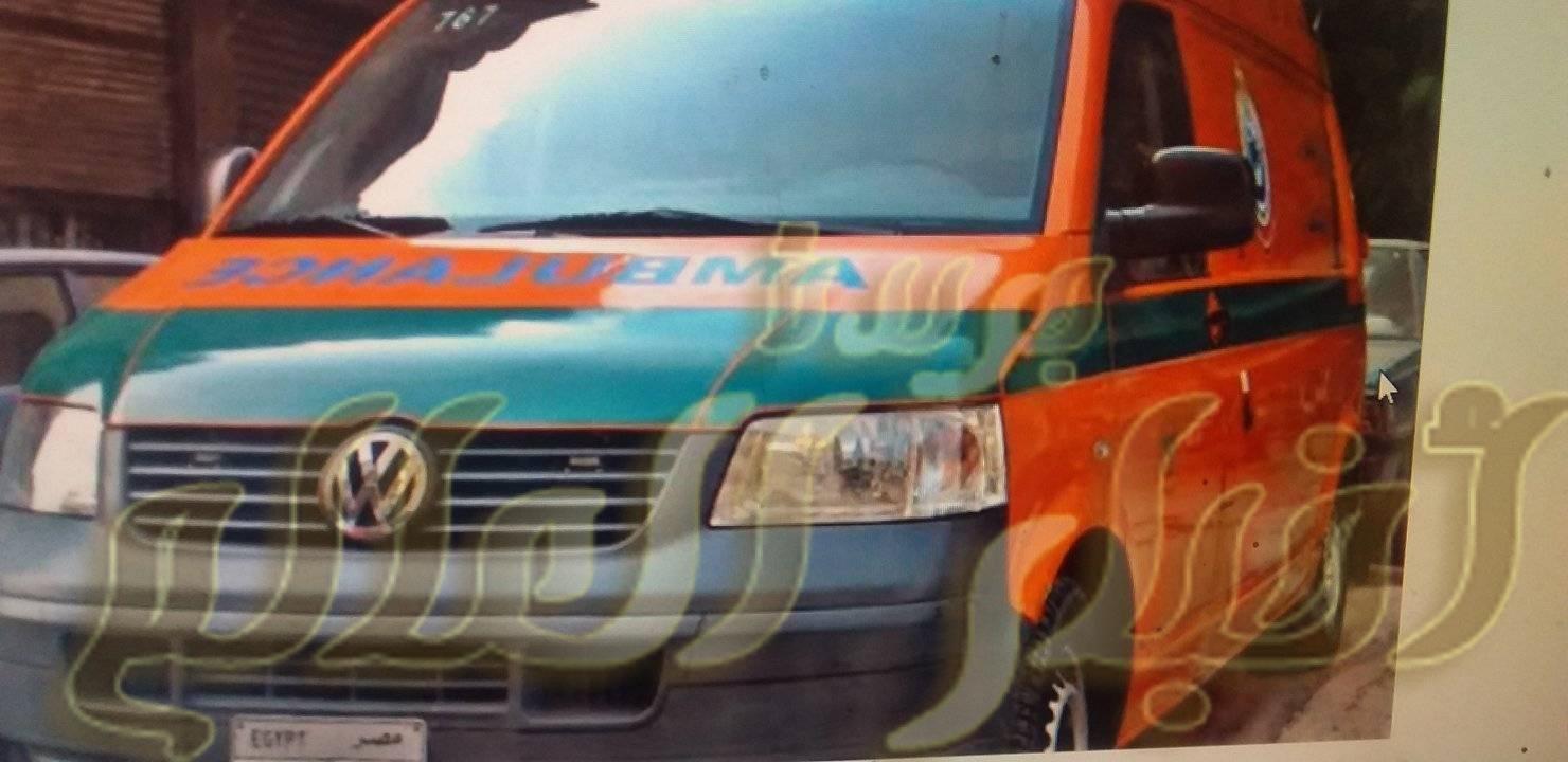 مصرع شخص اثر اصطدام سيارة بدراجة بخارية واصابة اخر فى حادث بقرية ادفا سوهاج