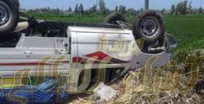 إصابة شقيقين وطفل إثر انقلاب سيارة نقل في أبوتشت
