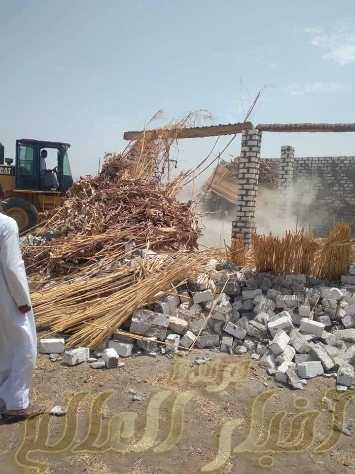 إزالات فورية تعدي علي أرضي زراعية بقنا في ثاني أيام عيد الأضحى المبار