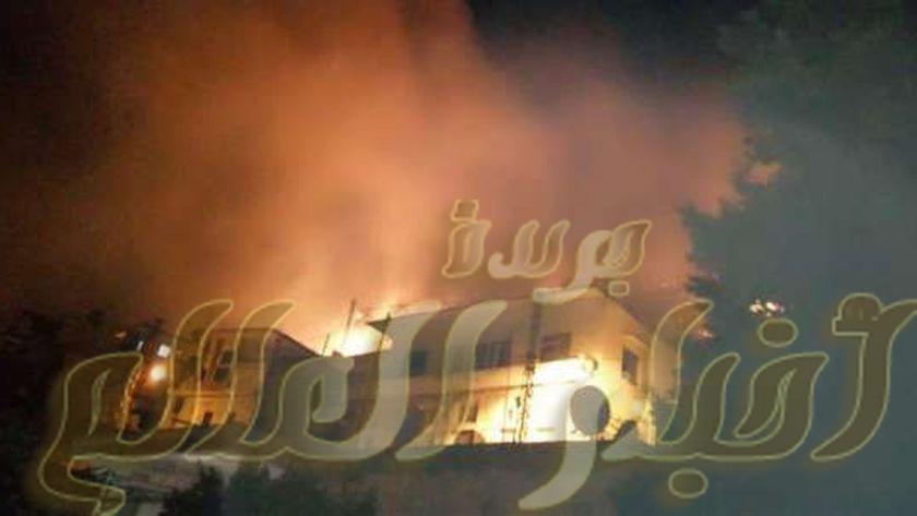 حريق هائل يلتهم 3 منازل و6 حظائر مواشى بهم عدد كبير من المواشى فى نجع عباده بالصفيحة بطهطا